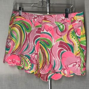 Lilly Pulitzer Women's Shorts Size 6